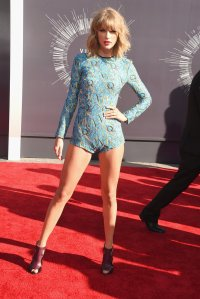 Taylor-Swift-2014-MTV-VMAs