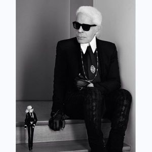 Karl Lagerfeld diventa una Barbie